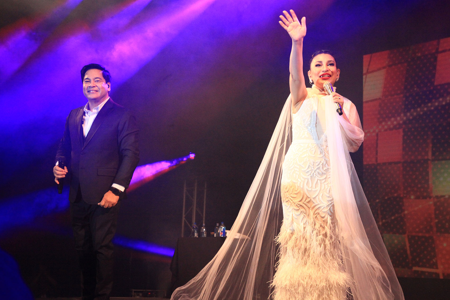 Event - Martin Nievera and Lani Misalucha in Dubai