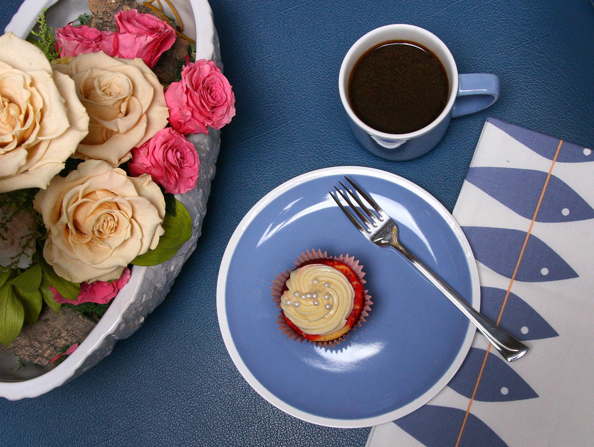 Petals by Carmile Cakes 1